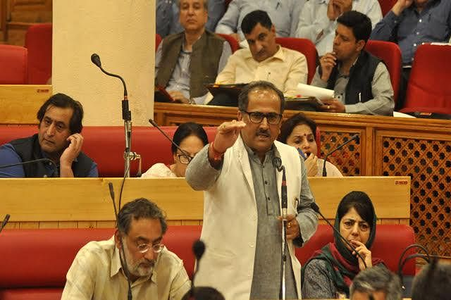 Dy CM for fast-pacing development activities