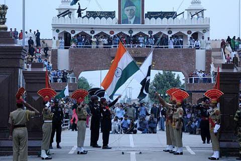Pakistani Taliban planning Wagah attack on I-Day, warns Pakistan