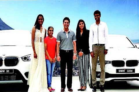Sindhu, Sakshi, Dipa, Gopichand get BMWs; Sachin lauds them