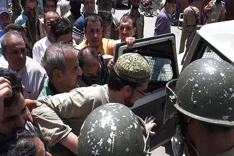 Come clean on Mirwaiz's detention: Hurriyat (M) to Govt