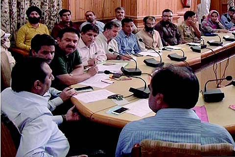 Div Com reviews supply position of essentials in Valley