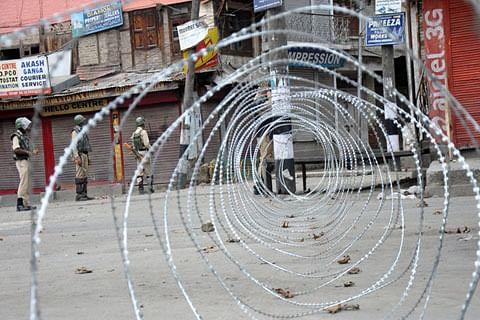 Curfew-like restrictions likely in Srinagar parts tomorrow