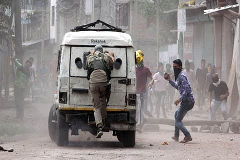 Situation normal except few incidents of stone-pelting: Police