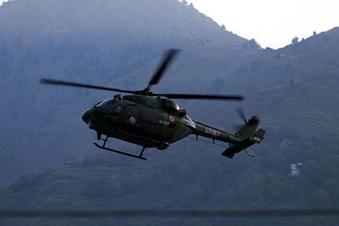 Parrikar in Srinagar, briefed by army chief on Uri attack
