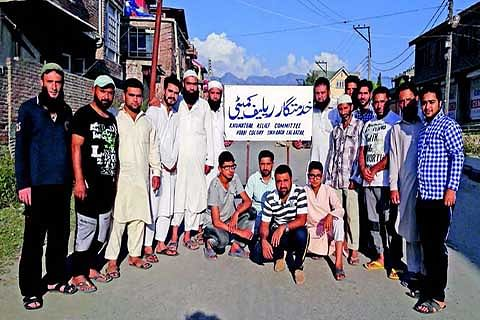 Amid unrest, Lal Bazar inhabitants join hands to help needy