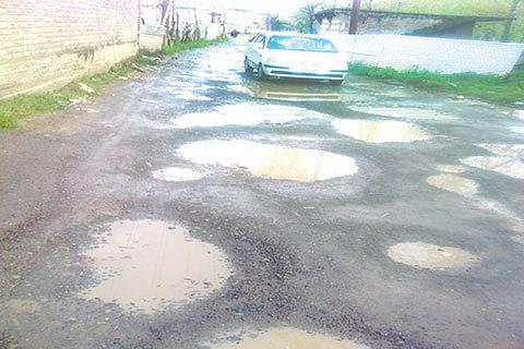 Kashmir unrest affects Beacon road projects in JK