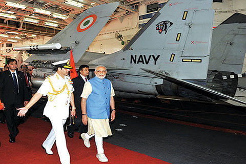 Modi meets chiefs of Army, Air Force, Navy