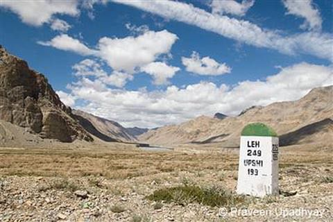 Leh areas open for foreign tourists; Govt relaxes 'protected area permit'