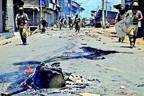 Mysterious blast creates panic at Batamaloo