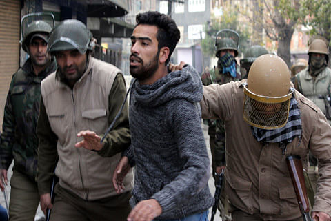 """Int'l rights bodies call for an end to """"wrongful detentions"""" in Kashmir"""