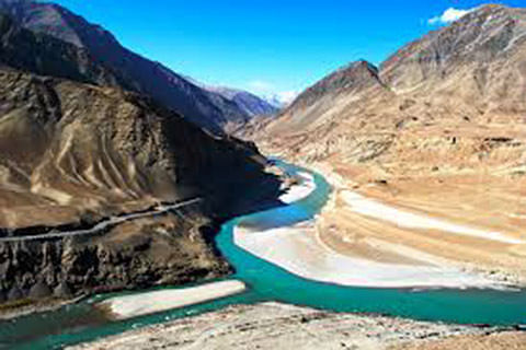 Centre to 'fast-track' irrigation projects in Indus basin
