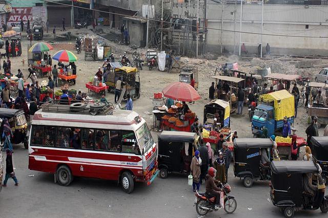 Passenger Buses Back On Srinagar Roads During Relaxation