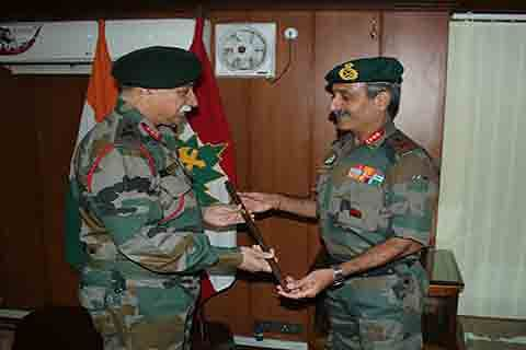 Lt Gen Sandhu takes over as GoC 15 Corps