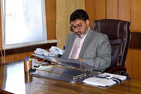 Altaf Bukhari for compensation to fire victims