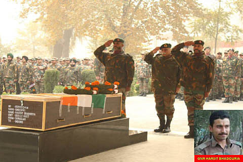 Army pays tribute to soldier killed in north Kashmir