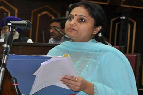 Develop Smart Classrooms to improve educational standards: Minister