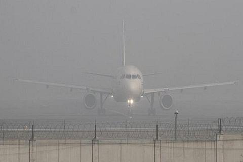 Dense fog forces cancellation of flights at Srinagar airport