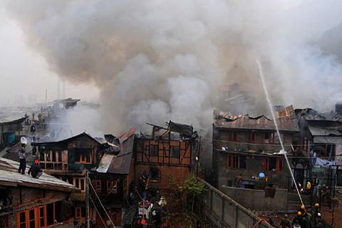 Several residential houses damaged in Dalgate blaze