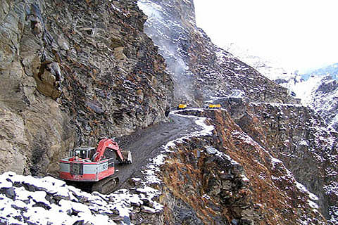 Mughal road to remain open from 10:30 am to 4:30 pm