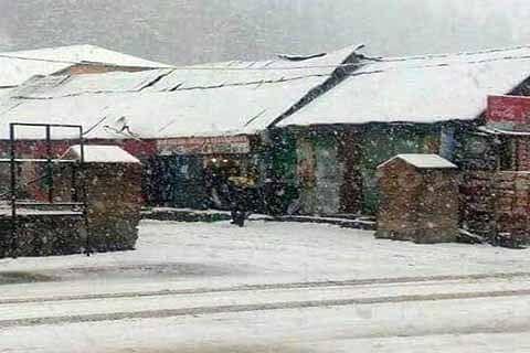 Sonamarg gets Kashmir's 1st snowfall this winter