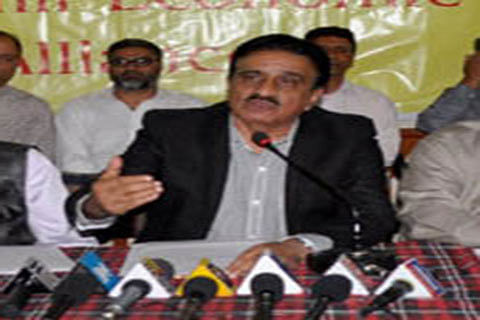 Restructuring loan accounts Govt's responsibility: KEF