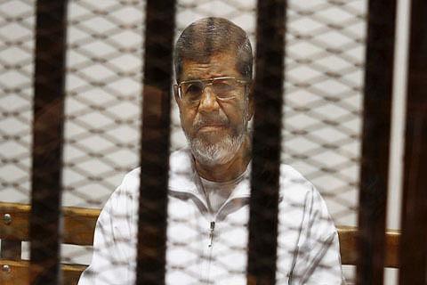 Egypt court overturns Morsi's life sentence