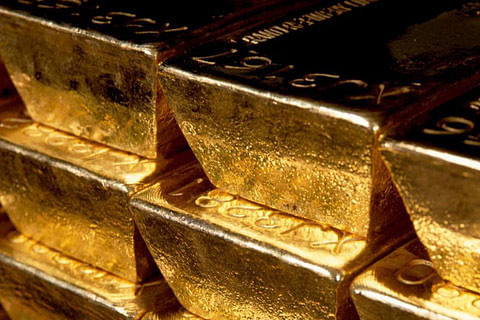 Six family members held at Delhi airport with 16 kg gold concealed in baby diapers