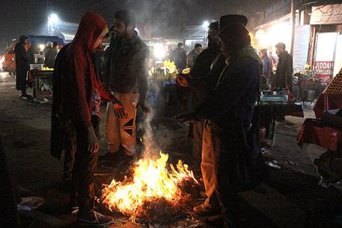 Jammu night temperatures improve, Kashmir still under cold wave