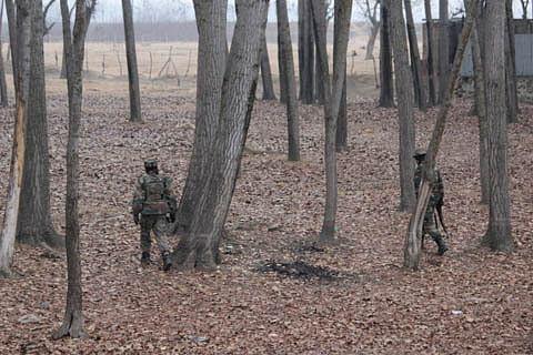 Video: Militant killed in Sopore shooting