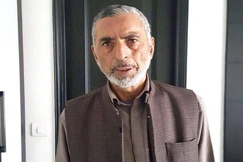 Mirwaiz condoles demise of prominent Srinagar businessman