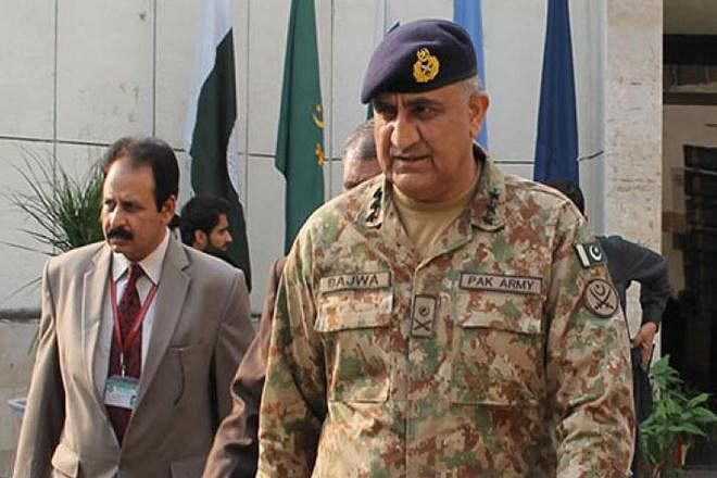 Pak army chief to brief parliamentarians on 'hostile situation' along LoC