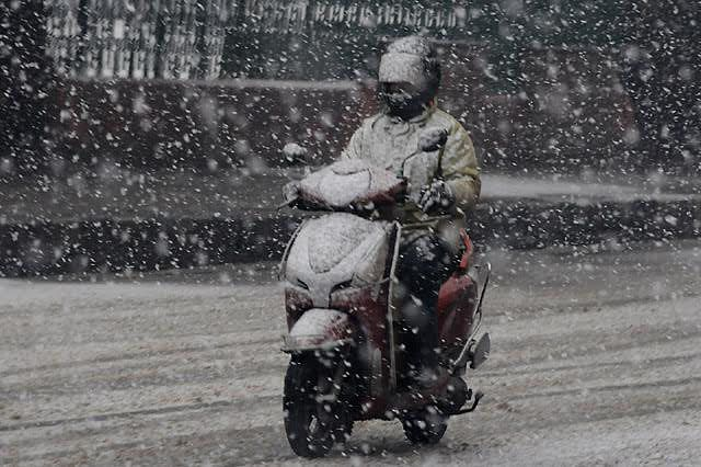 Wet spell in J&K, Ladakh from this afternoon: MeT