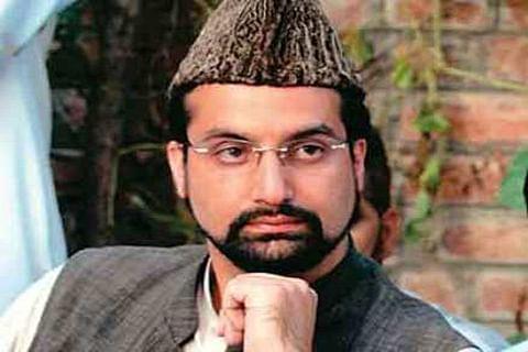 Mirwaiz grieved at D R Sharma's demise