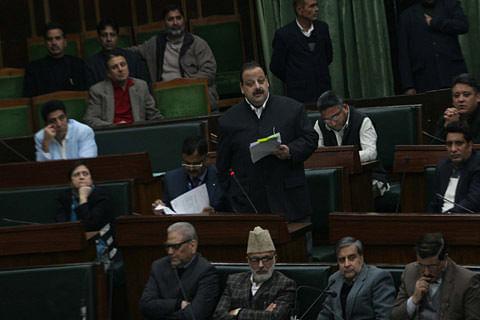 Opposition stalls Assembly demanding compensation for unrest deaths