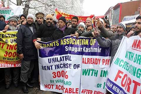Traders take to streets against hike in Wakf shop rentals