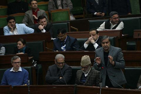 JK Assembly passes resolution for return of migrants