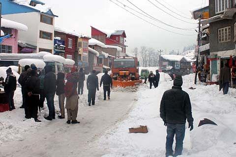 Chenab Valley residents threaten stir, demand opening of Nashri Tunnel