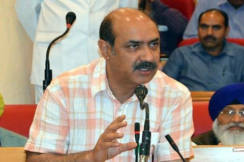 Govt to frame appropriate transfer policy for ReTs: Basharat Bukhari