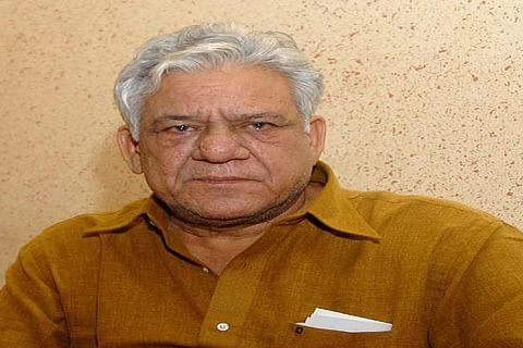 Indians, Pakistanis in Toronto pay tributes to Om Puri