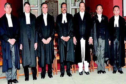 Justice Attar accorded warm sendoff
