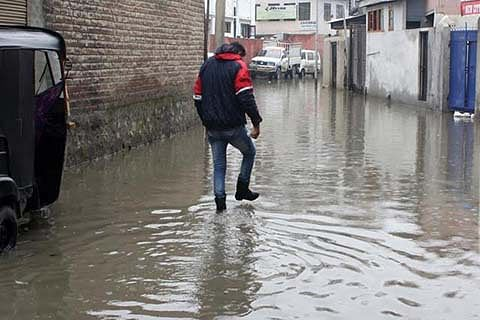 AUTHORITIES SIT ON DEFUNCT DRAINAGE SYSTEM