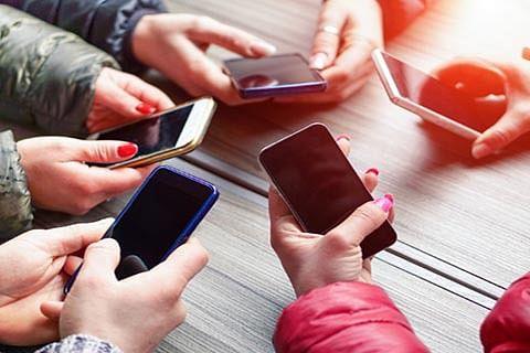 JK again crosses 1 cr-mobile subscriber base
