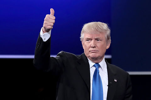 US court temporary halts Trump's immigration ban