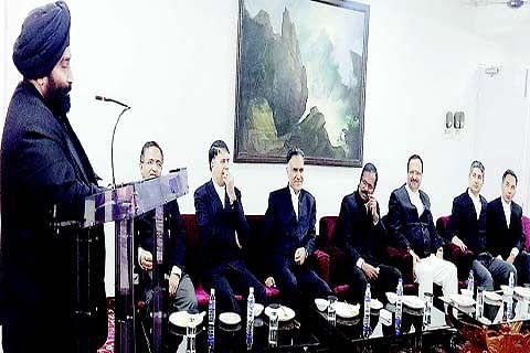 HC Bench Secretaries, Registrars, Readers accord warm send off to Justice Attar