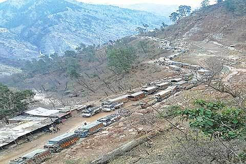 Highway remains closed for 2nd day, stranded passengers slam Govt