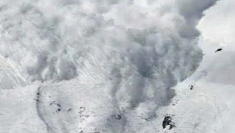 Uttarakhand avalanche: 8 dead, 384 safely rescued
