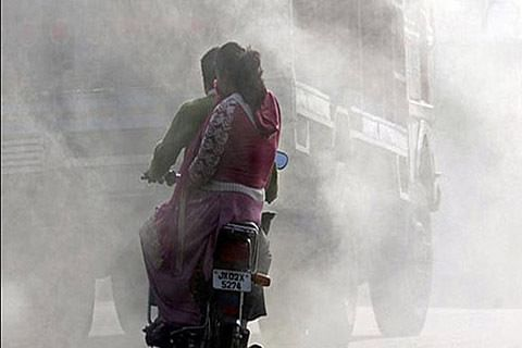 Air pollution linked with higher COVID-19 death rate: Study