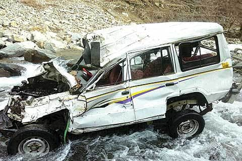 4 die in Ramban accident