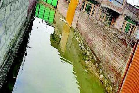 Waterlogging irks Advent Colony inhabitants
