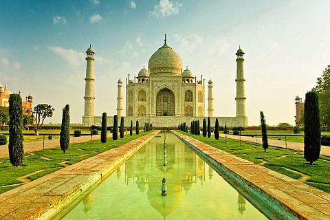 Security beefed up at Taj Mahal after reported threat from IS